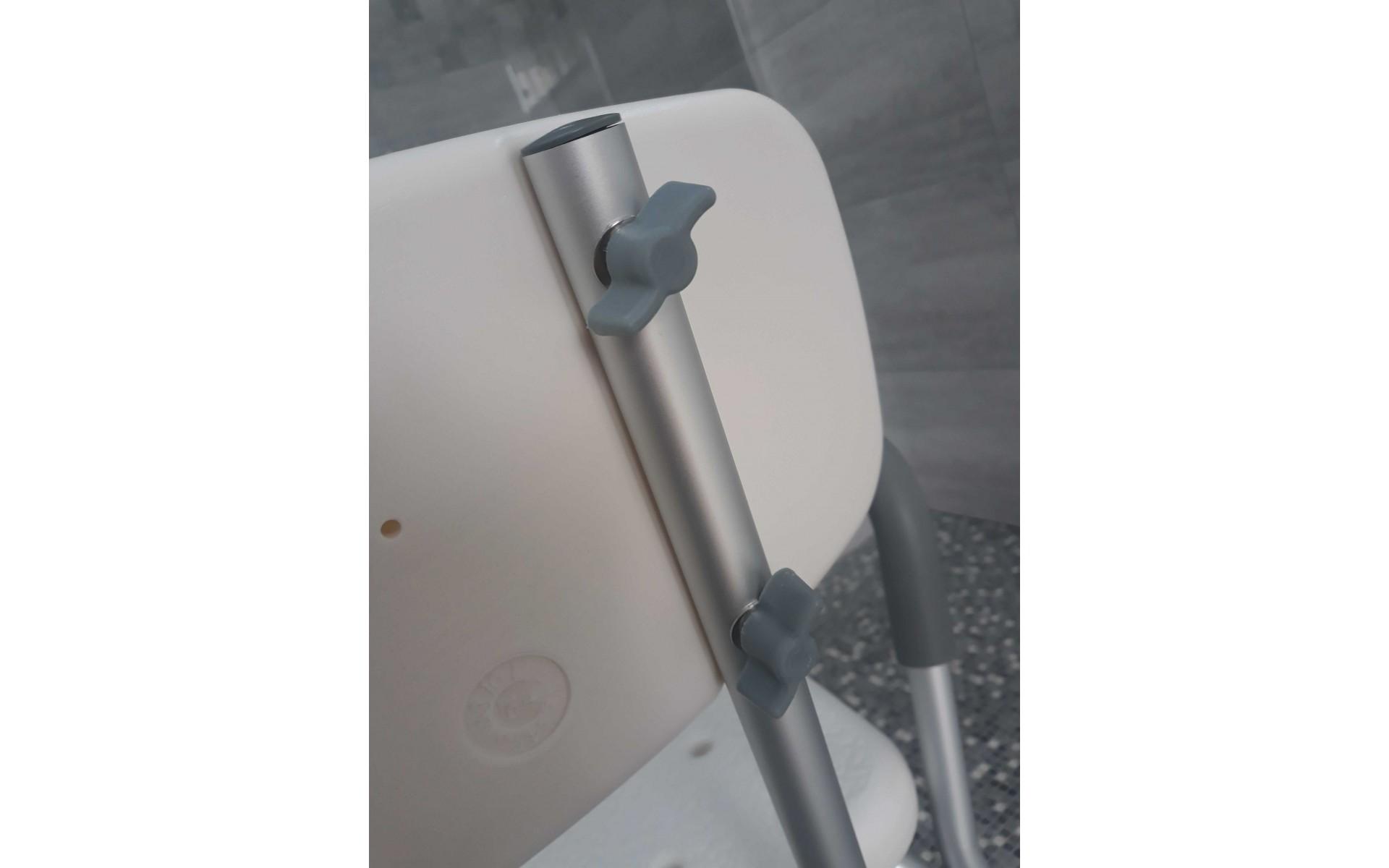 Krzesło pod prysznic montowane bez użycia narzędzi.